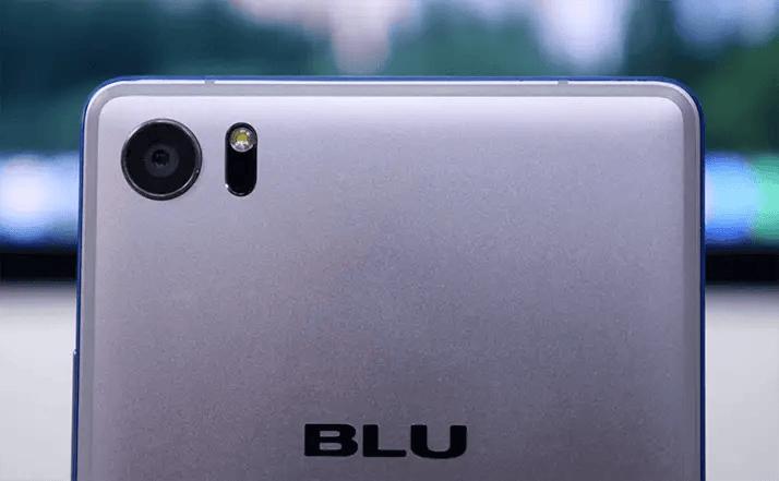 camera of Blu pure xr mobile