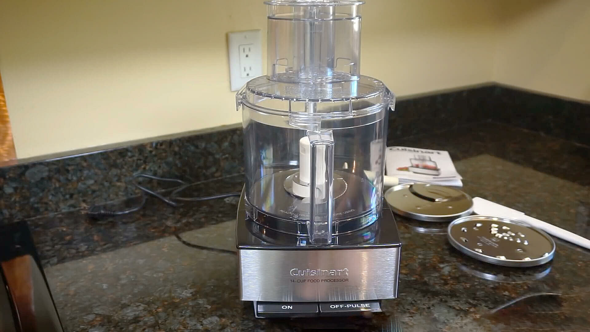 Hands On Review of Cuisinart DFP-14BCNY Food Processor